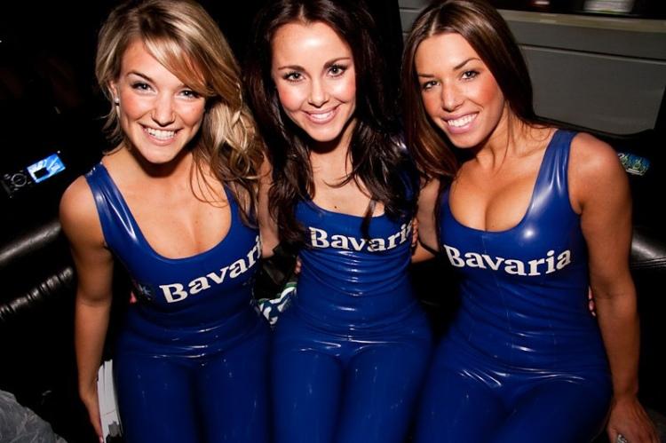 20110524 Bavaria Girls Canucks Game_63