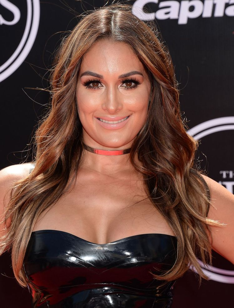 nikki-bella-at-2016-espys-in-los-angeles-07-13-2016_2