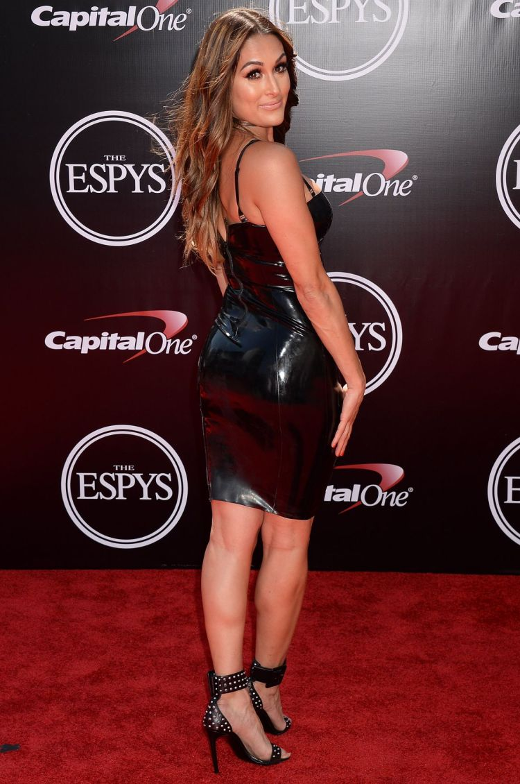 nikki-bella-at-2016-espys-in-los-angeles-07-13-2016_6